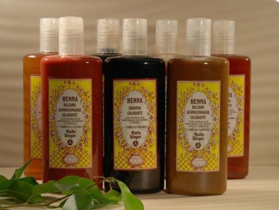 Amaciador colorante Henna para cabelos caju 250 ml - Radhe Shyam
